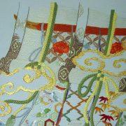 """Broderie déco - Détail du tableau """"Antique bamboo blinds curtains"""""""