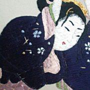 Tableau en soie brodée Beauté au ruban